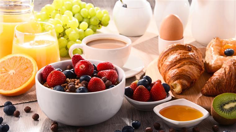 Afinal, não tomar o pequeno-almoço faz mal?