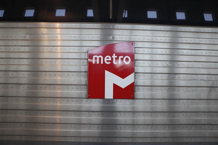 Trabalhadores do Metro impedidos de protestar dentro das estações