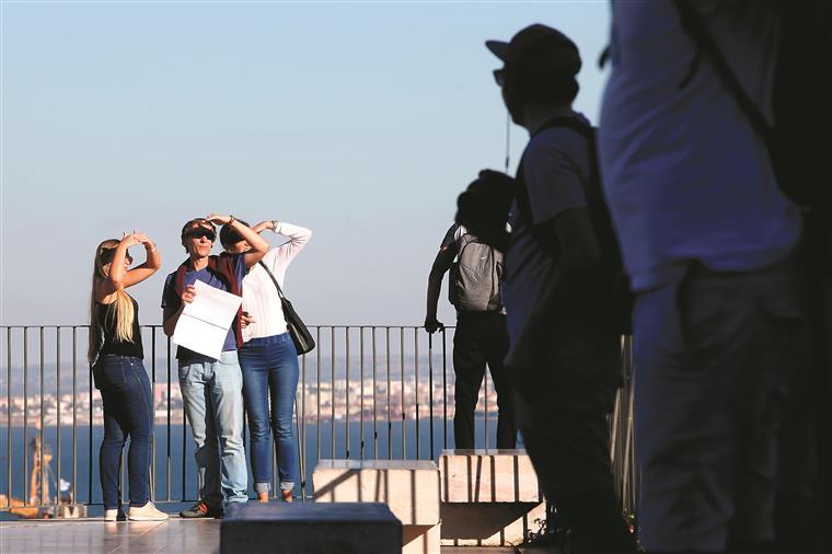 Turismo continua a bater recordes