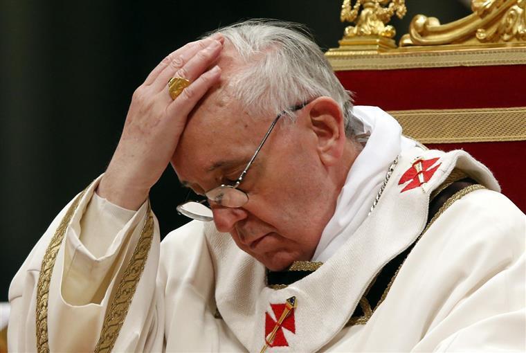 Papa Francisco Deixa Apelo A Jovens Sobre Redes Sociais