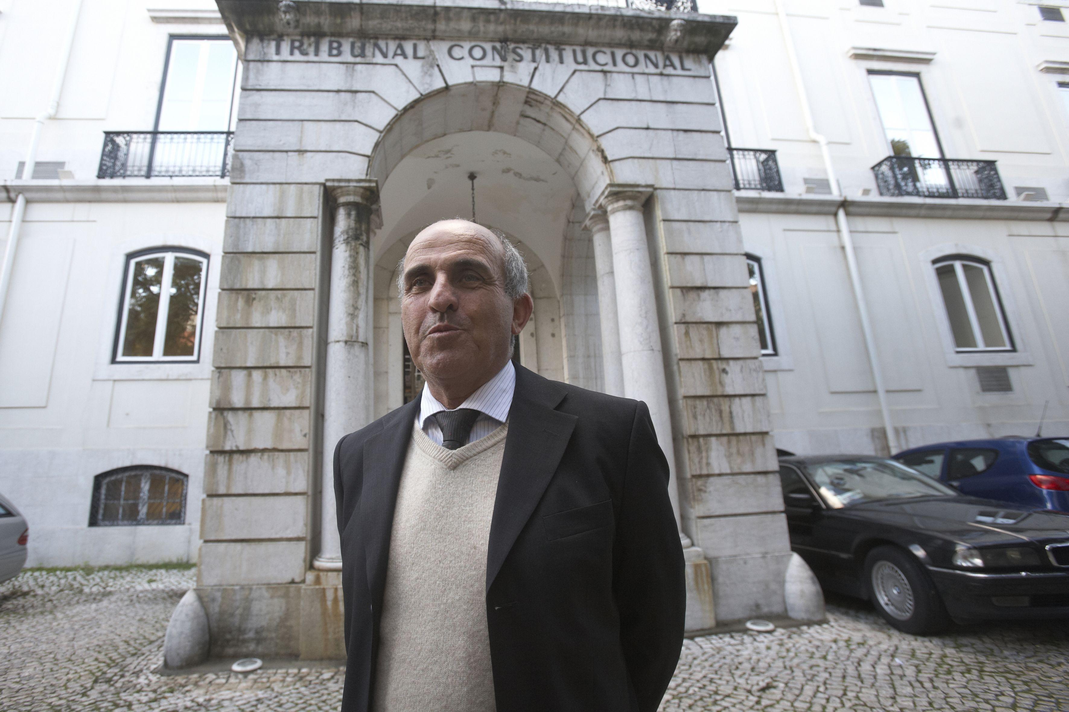 Tribunal Constitucional obriga Supremo a rever condenação de Coelho à prisão