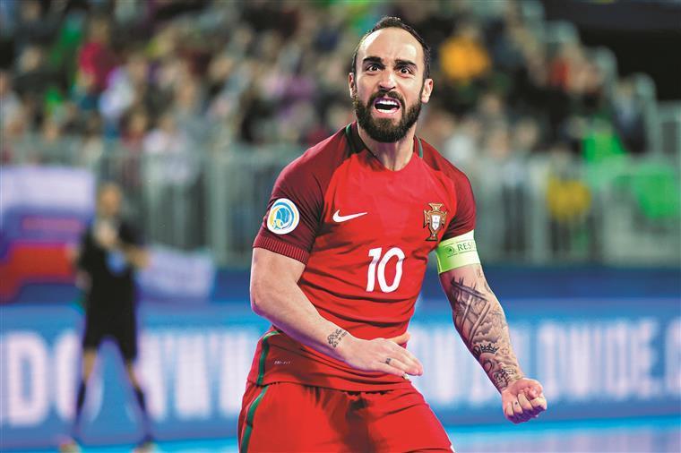 Ricardinho anuncia que se despede da seleção depois do Mundial de 2020