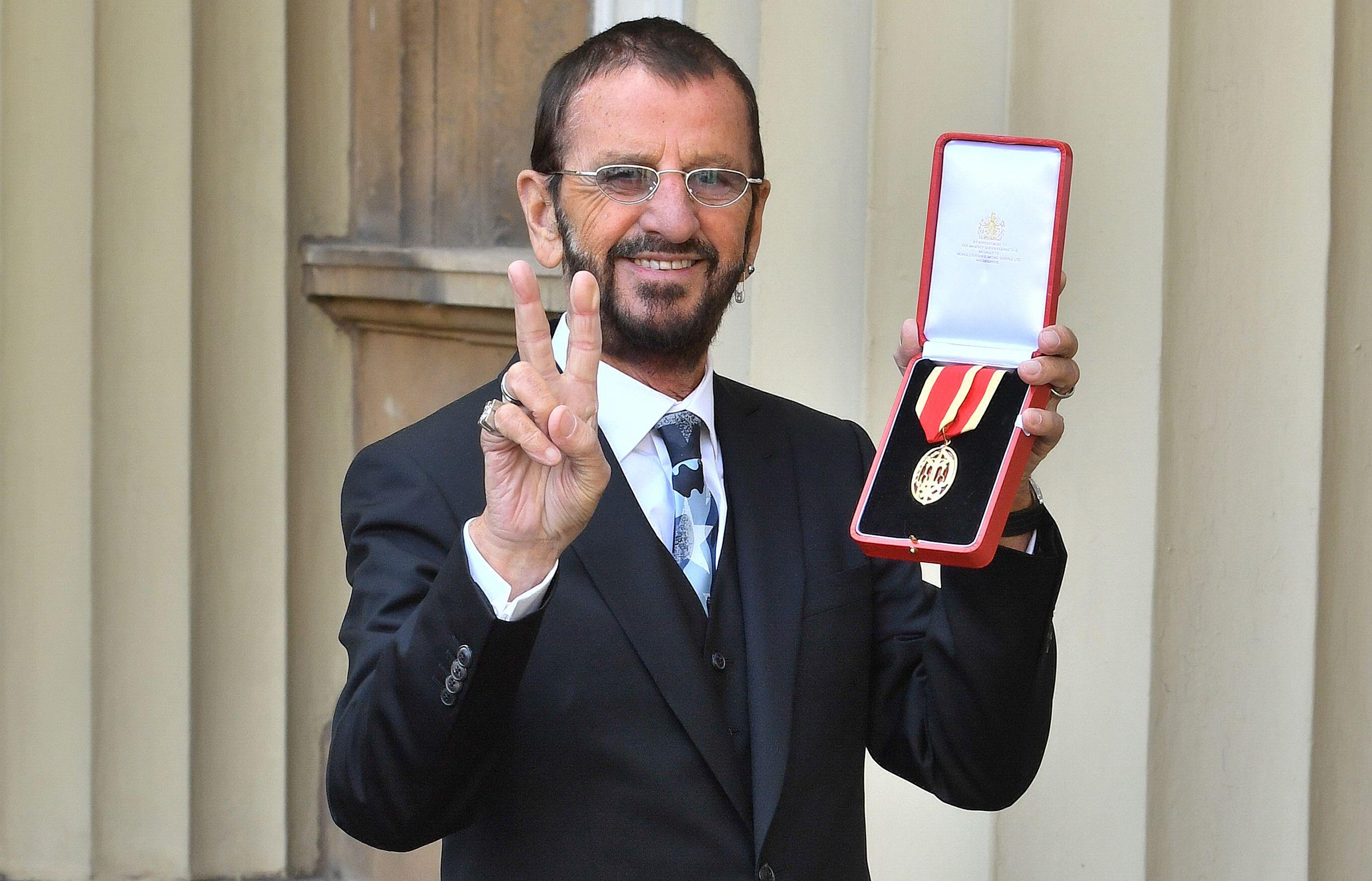 Ringo Starr nomeado Cavaleiro de Ouro