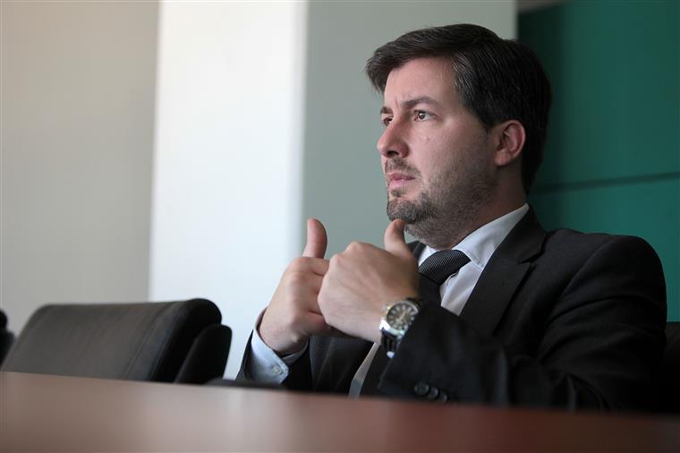 Bruno de Carvalho é constituído arguido... e diz que já estava à espera