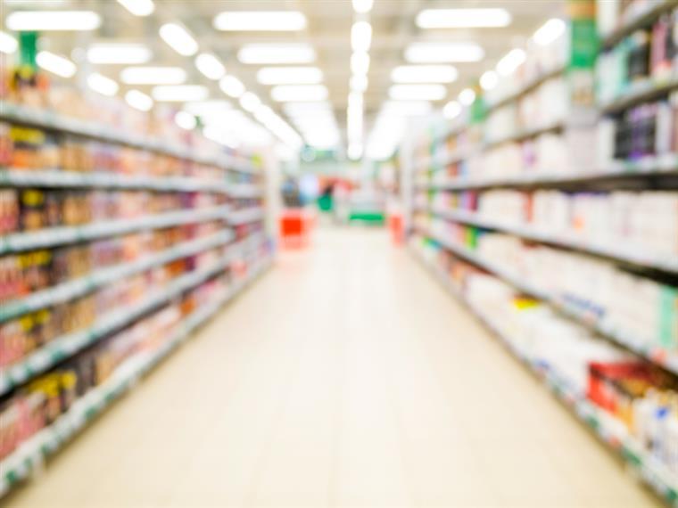 Trabalhadores de supermercados em greve na Páscoa