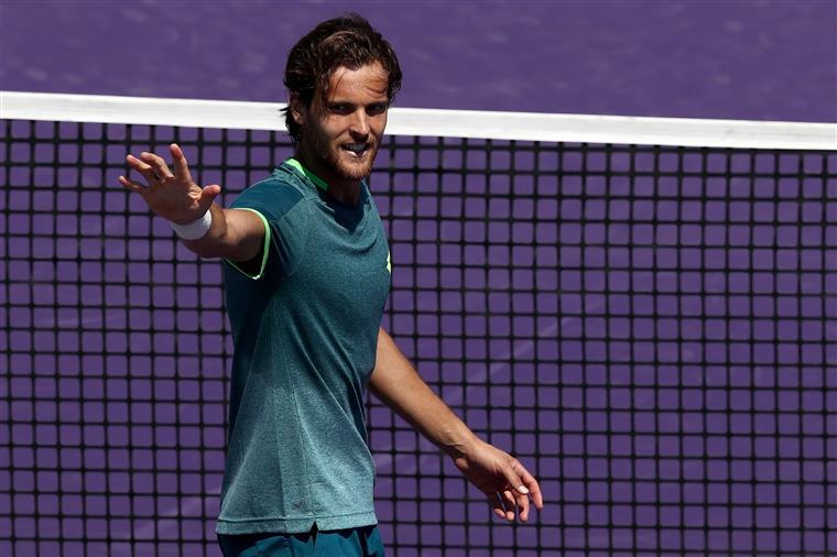 João Sousa apurado para a segunda ronda de Miami