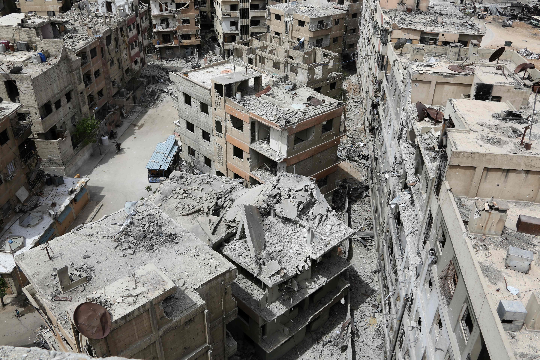 Governo da Síria entra em Douma, local de ataque com armas químicas