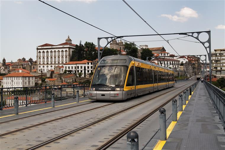 Metro do Porto admite encerrar linhas se greve na EMEF continuar