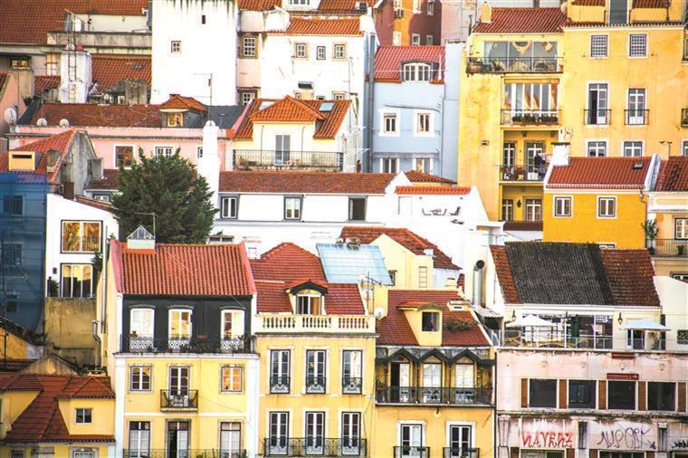 Turismo. Alojamento local em Portugal vai ficar regulado em junho