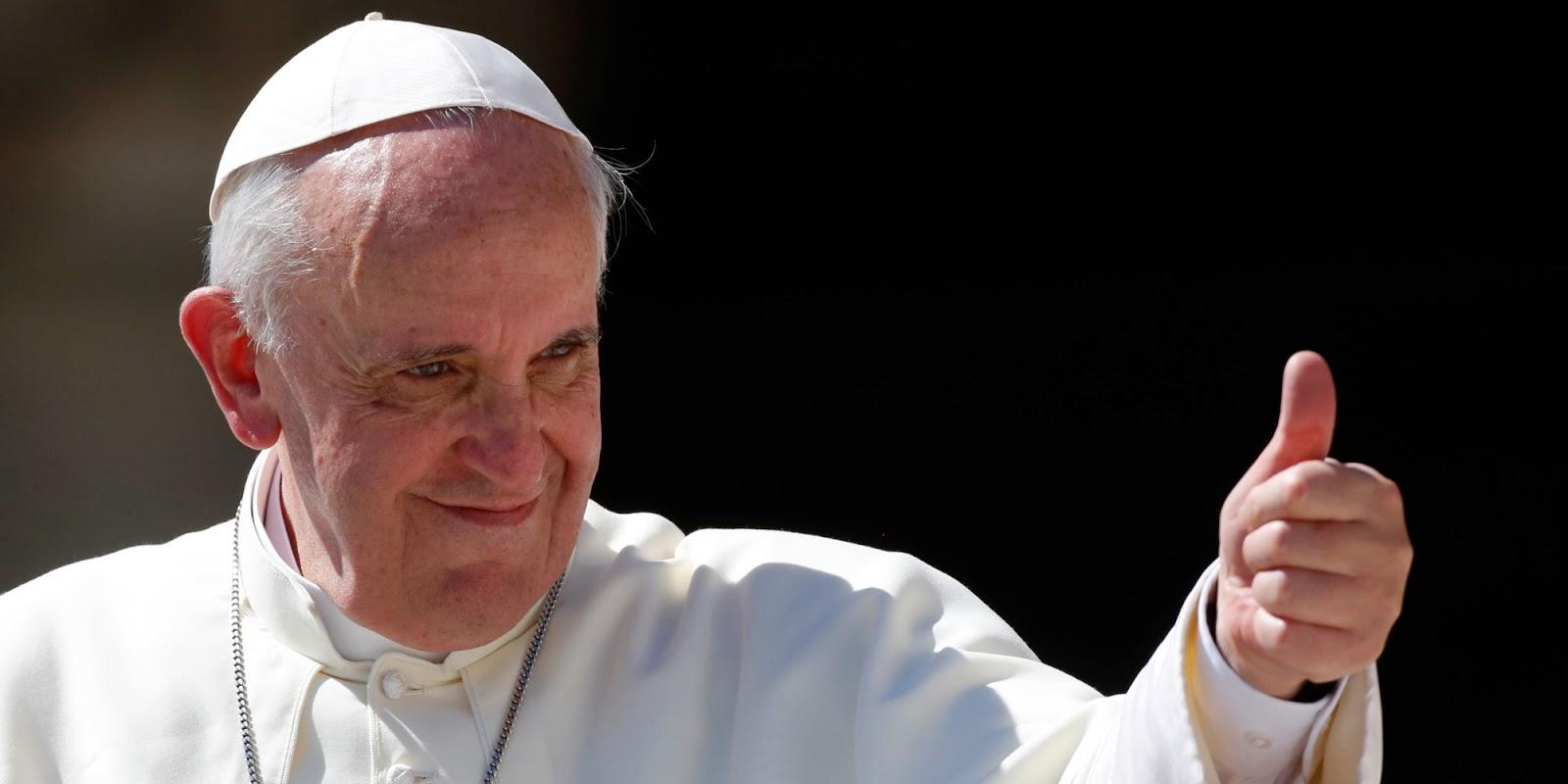 Lamborghini assinada pelo Papa é leiloada por 715 mil euros