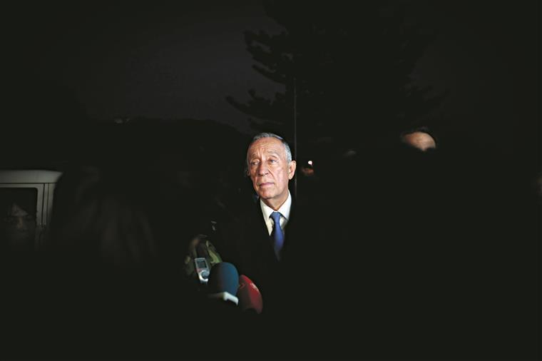 Morte do líder da Renamo deixa em aberto negociações de paz