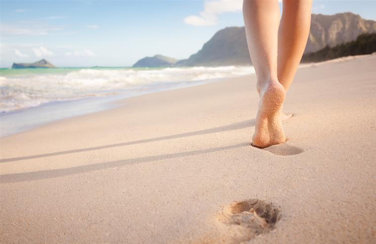 Turismo. Portugueses entre os que mais poupam nas férias