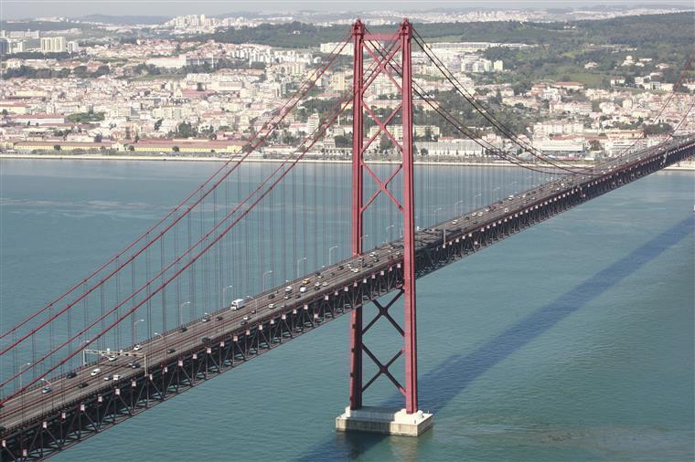 PCP exige documentos sobre manutenção das infraestruturas em Portugal