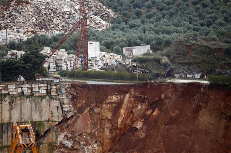 Ministério Público constitui nove arguidos no caso da pedreira de Borba - Sol