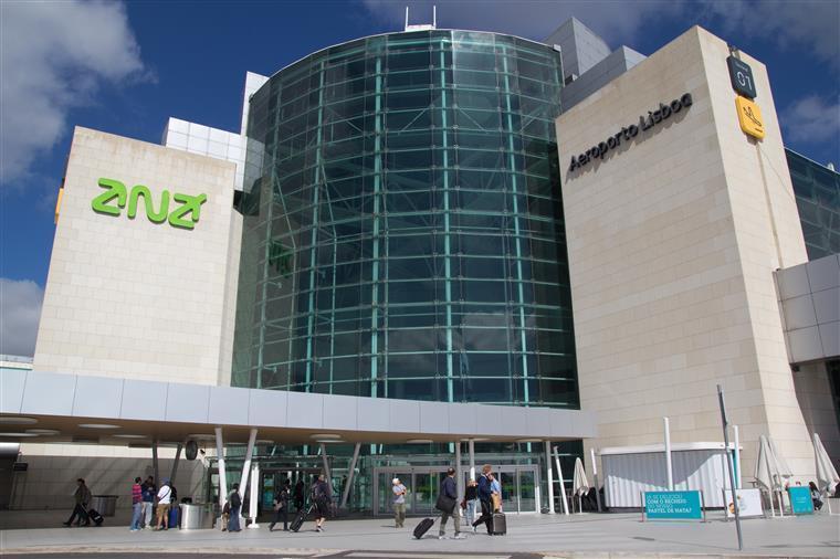ANA confirma encerramento do aeroporto da Portela entre as 23h30 e as 5h30