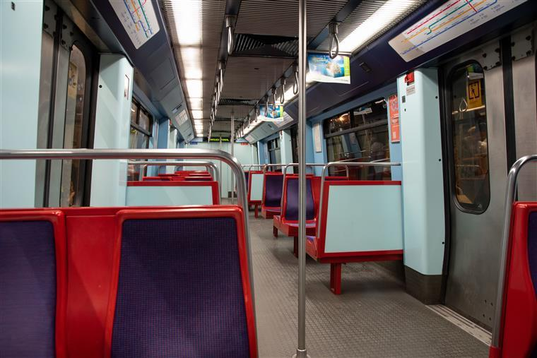 Linha Azul do Metro de Lisboa esteve novamente interrompida