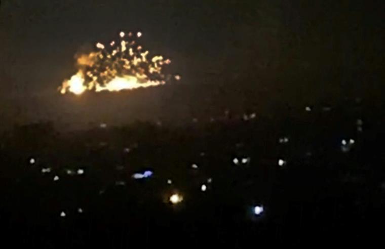Israel lança ataque aéreo nos arredores de Damasco