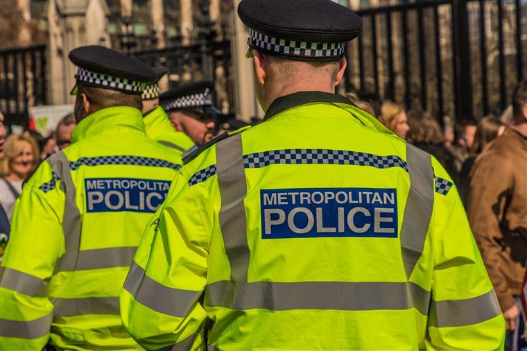 Polícia impede rapto de criança portuguesa de férias com os pais em Londres