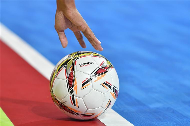 Futsal Feminino. O sonho era bonito mas as hermanas foram mais fortes