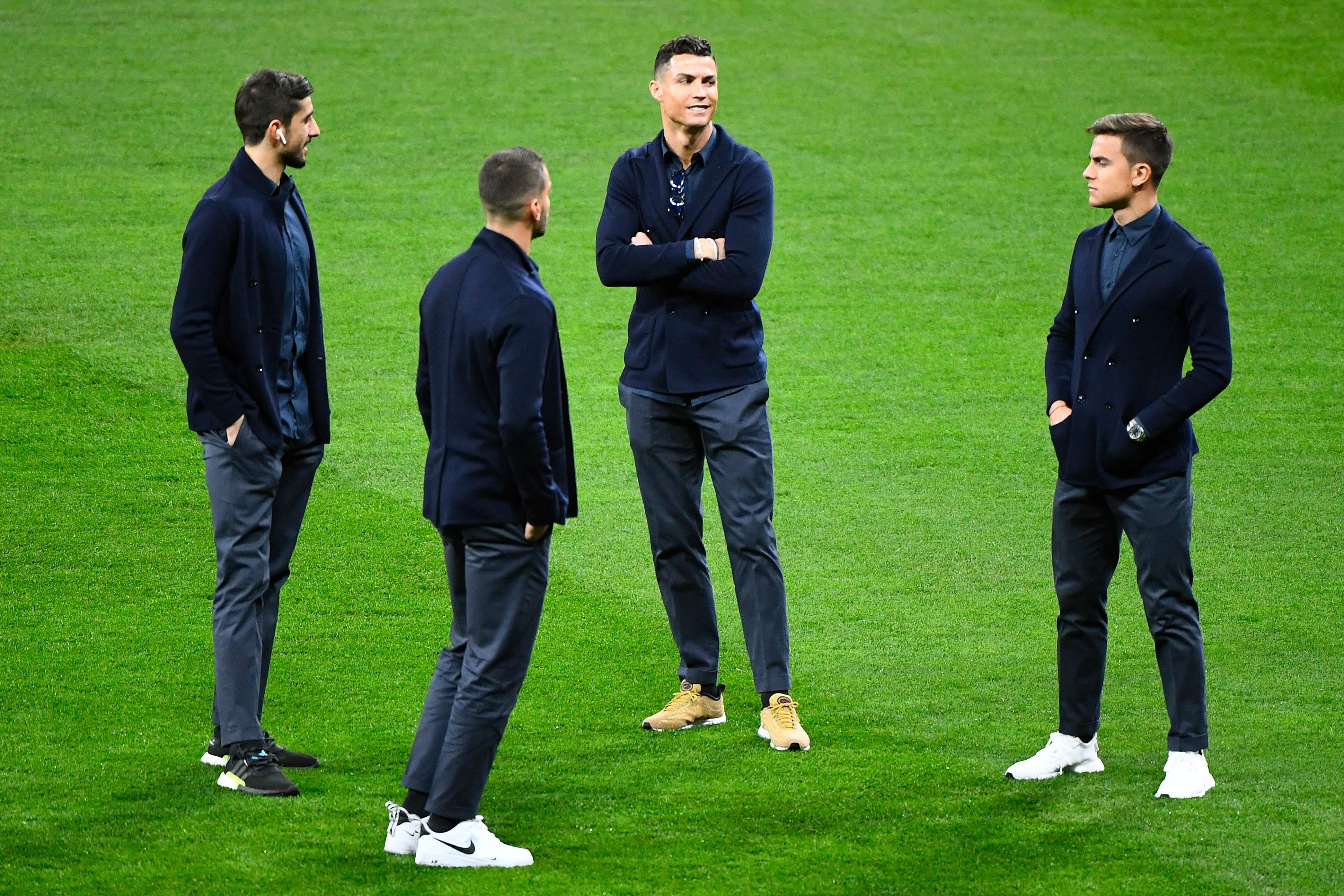 Cristiano Ronaldo usou ténis de milhares de euros e não