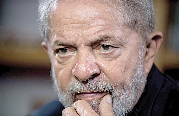 Supremo Tribunal reduz por unanimidade a pena de Lula da Silva