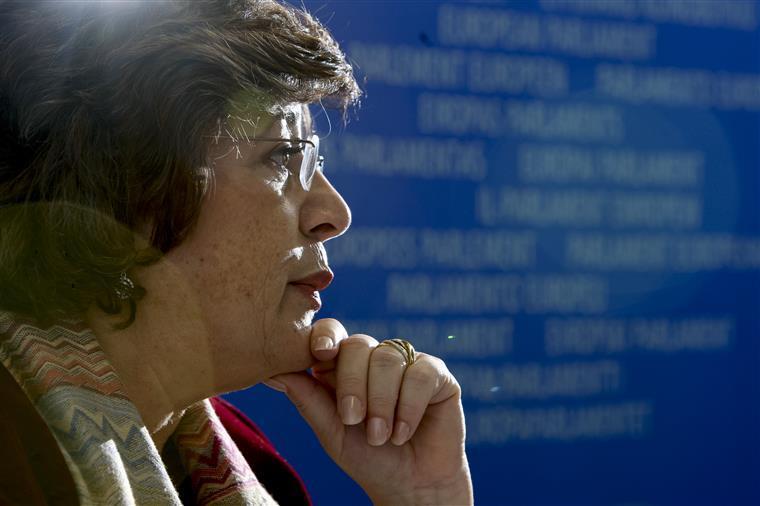 Ana Gomes faz associação entre detenção de Platini e o trabalho de Rui Pinto