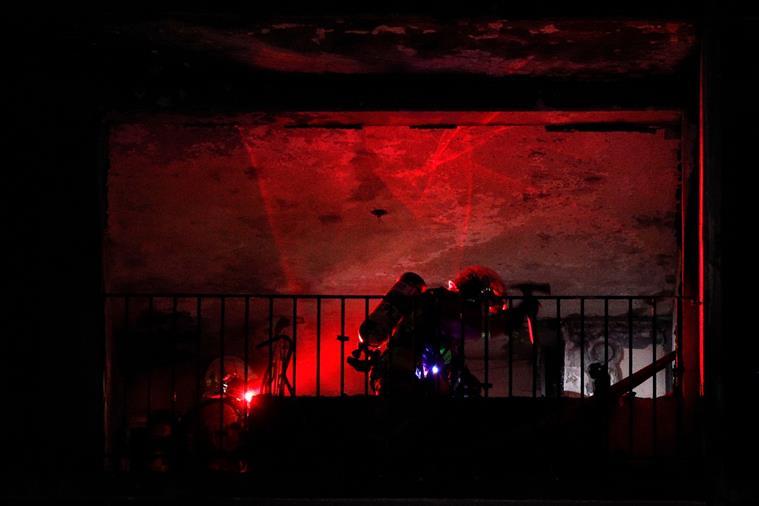 Um morto e oito feridos em incêndio num hospital em Paris