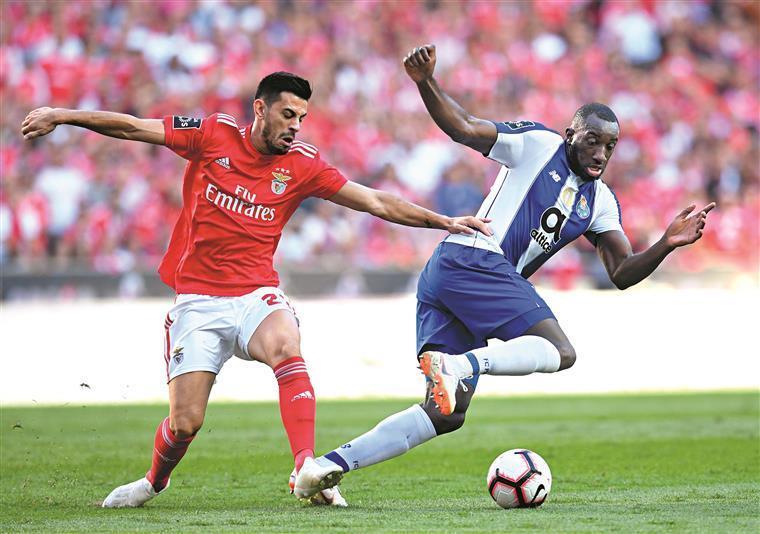 Benfica-FC Porto. Lage e Conceição apresentam onzes esperados