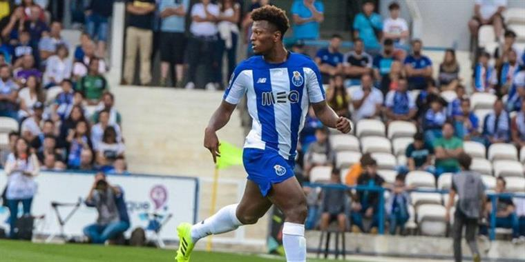 Benfica-FC Porto. Dragão dá dois tiros no porta-aviões encarnado