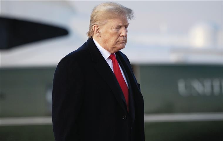 Começou  o julgamento de Trump