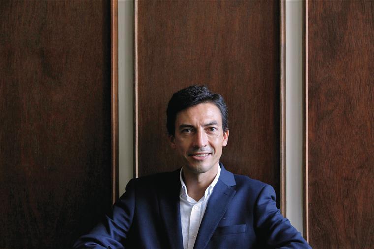 """Tiago Mayan Gonçalves, candidato à Presidência da República. """"Quero  discutir uma visão de um Portugal mais liberal"""""""