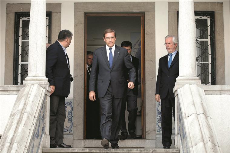 Cavaco não aceitará governo de esquerda, como fez Soares em 1987