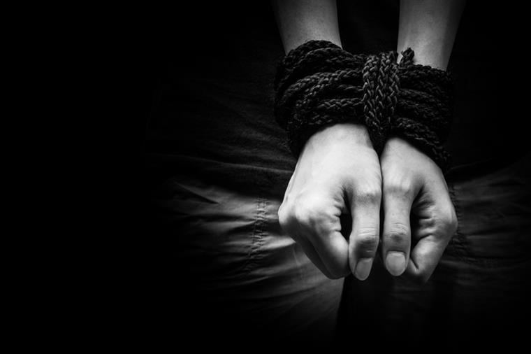 Os dados englobam cidadãos portugueses traficados em Portugal e no estrangeiro