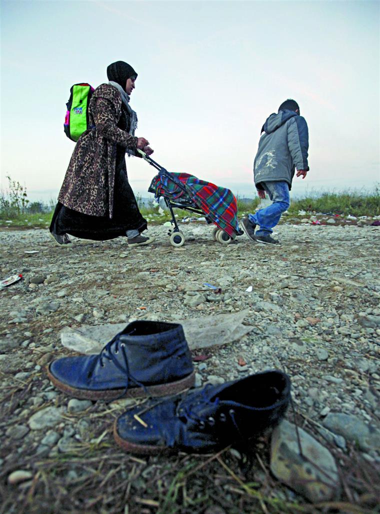 A Eslovénia limitou o fluxo de refugiados a 2500 por dia