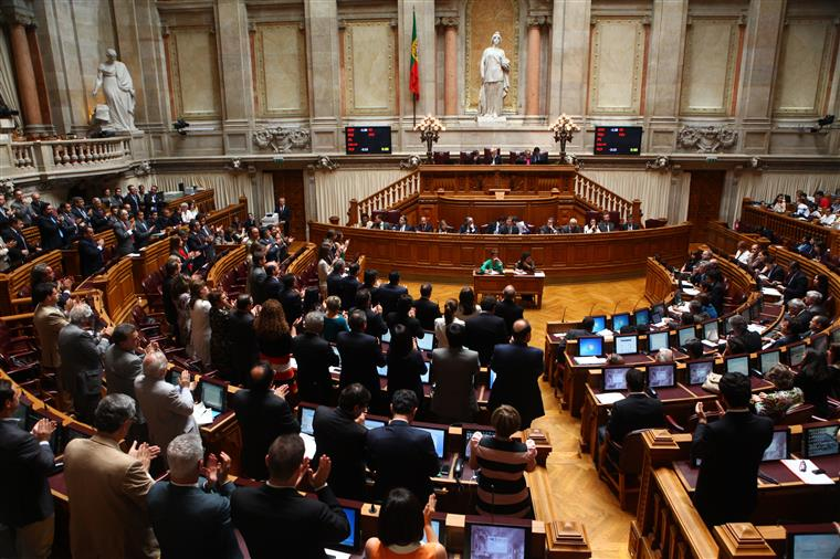 """A possibilidade de Costa vir a ser primeiro-ministro, sem ter ganho as eleições, é """"o descrédito total do sistema"""""""