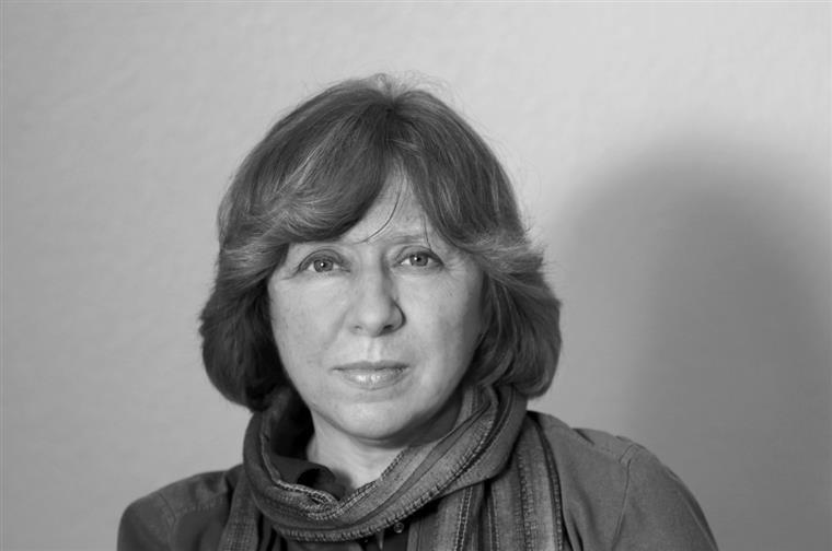 Svetlana Alexievich. Nos próximos dois anos a Elsinore vai publicar, além deste, mais três livros da Nobel da Literatura