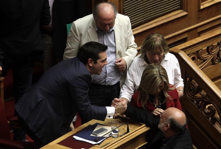 """Toda a oposição votou """"não"""""""