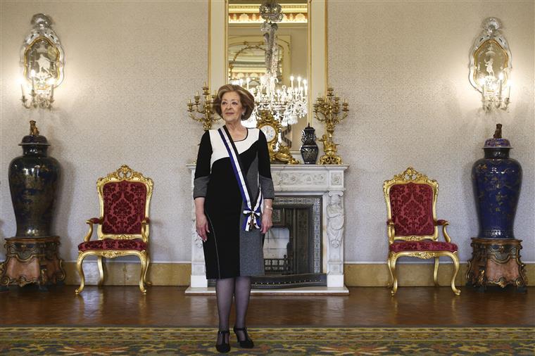 Cavaco distinguiu Simone numa cerimónia no Palácio de Belém