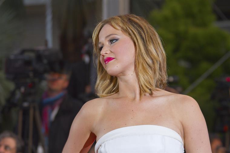 O que é que se passa com Jennifer Lawrence?