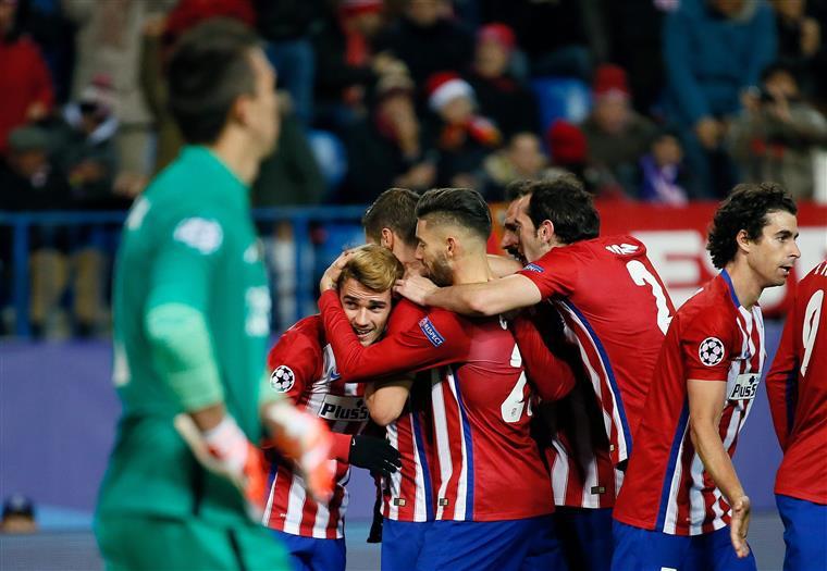 Colchoneros festejam o 2-0 frente aos turcos