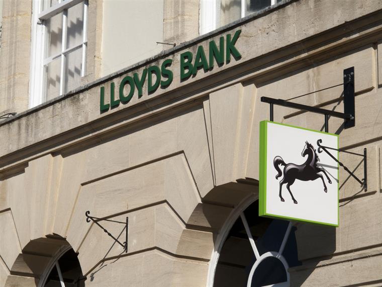 Ao longo dos últimos anos, Horta Osório tem vindo a cortar os custos de um dos principais bancos do Reino Unido