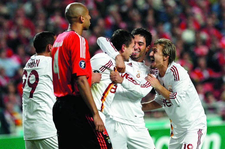 Na única ida à Luz foi rir a bom rir para o Galatasaray (2-0)