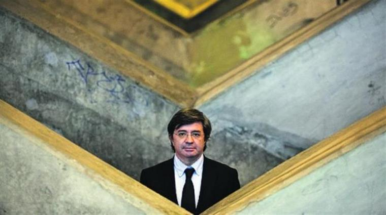 """""""Os portugueses ainda não sabem qual vai ser a solução governativa dos próximos tempos"""""""