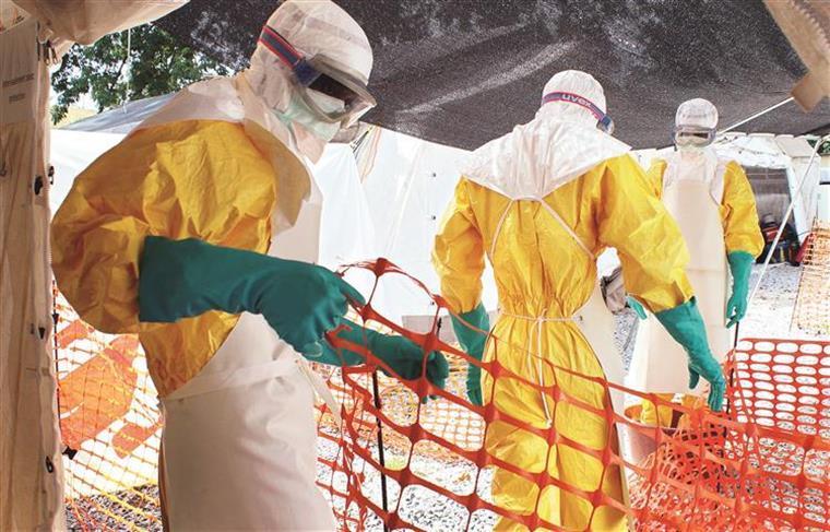O Ébola infectou 29.607 pessoas, das quais 11.314 morreram