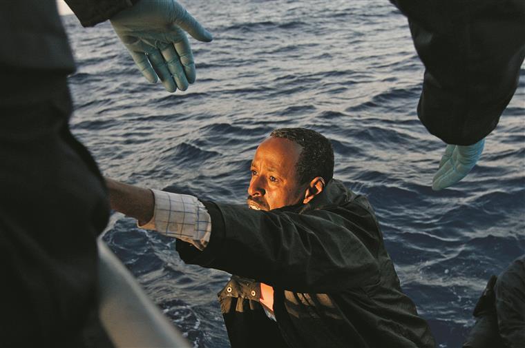 A última tragédia no Mediterrâneo resultou na morte 900 pessoas e relançou o debate sobre as falhas das respostas humanitárias
