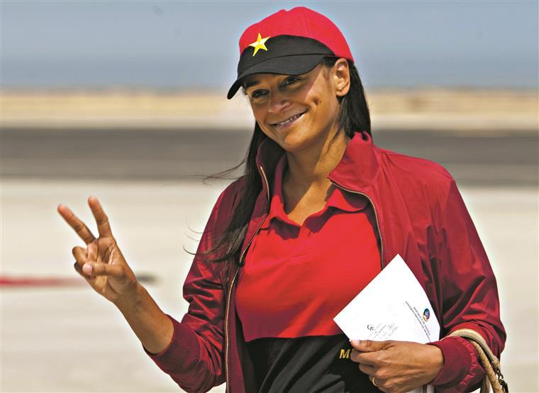 No Lobito, em Angola,  Isabel dos Santos fez campanha para as eleições gerais em Agosto de 2012