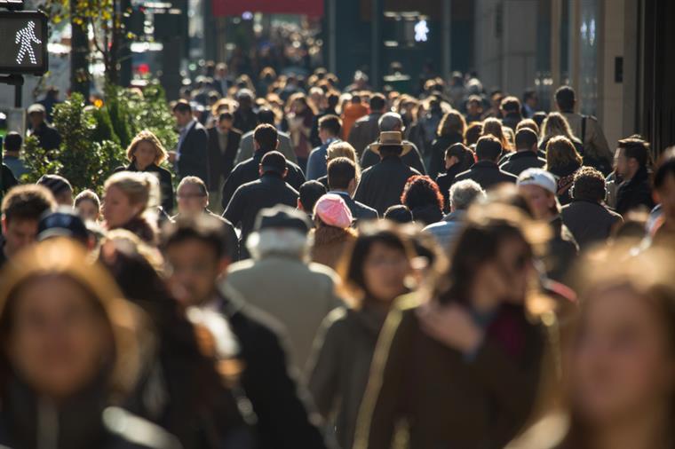 Em 2013, mais de 7.800 novos imigrantes chegaram a Portugal