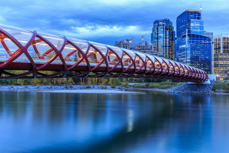 Calgary bateu cidades do norte da Europa