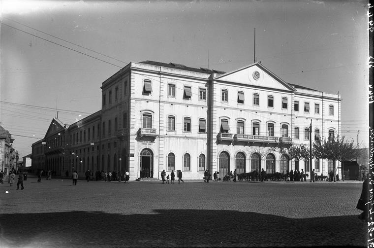 A estação de Santa Apolónia em 1944