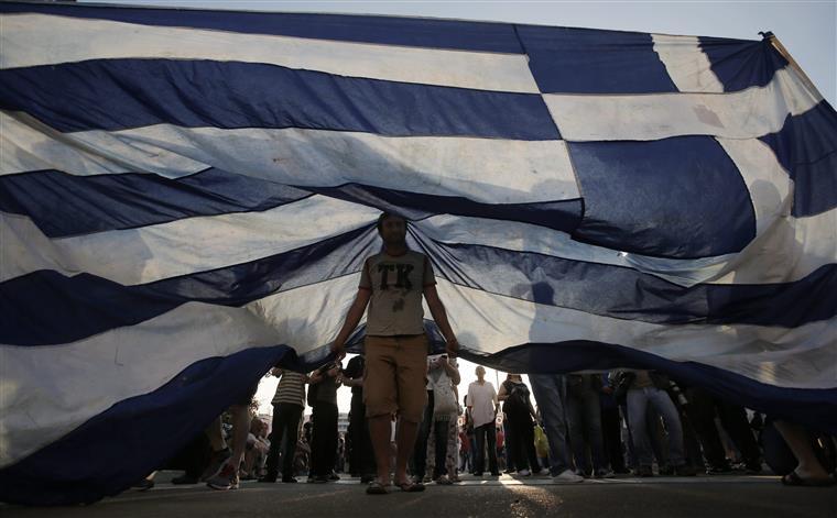 O prazo termina esta terça-feira e a Grécia já disse que não vai pagar
